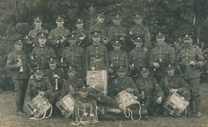 Soldiers of the 1/5th Battalion, Welsh Regiment, in Bedford in June 1915